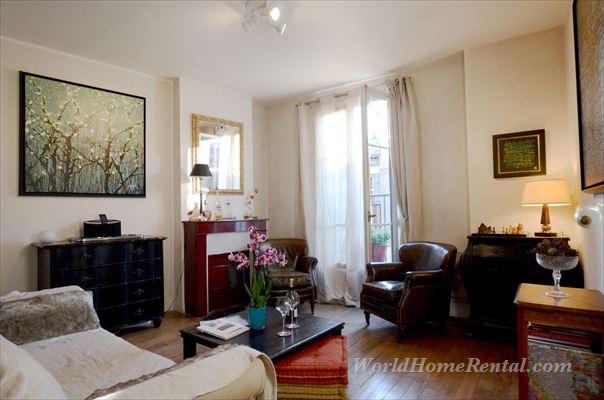 Apartment 5983: Apartment 12th, Paris, France